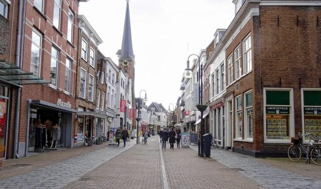 De kerktoren in de Arkelstraat wil de gemeente ook verkopen