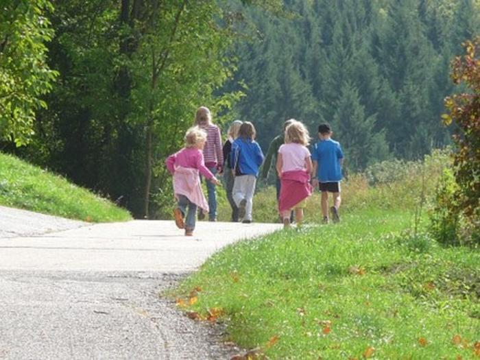 wandelende kinderen