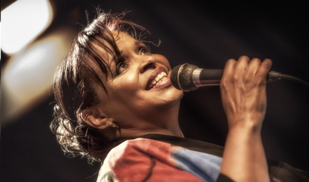 De in Amerika geboren en sinds kort in Hoorn woonachtige Deborah is een goede oude bekende van Meer Jazz.