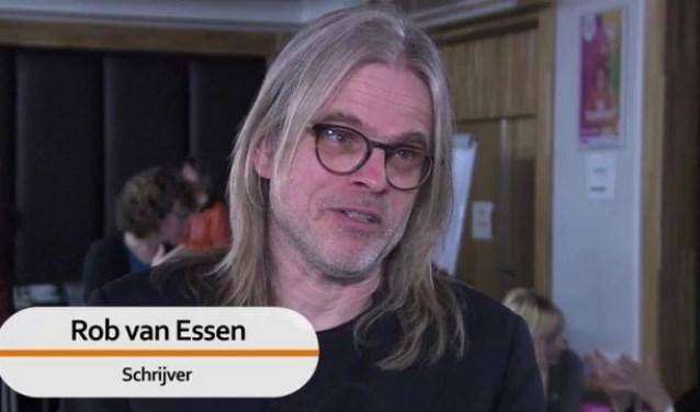 Rob van Essen was vrijdag 31 januari te gast bij Pop Up Leesclub Libris in Kade café.