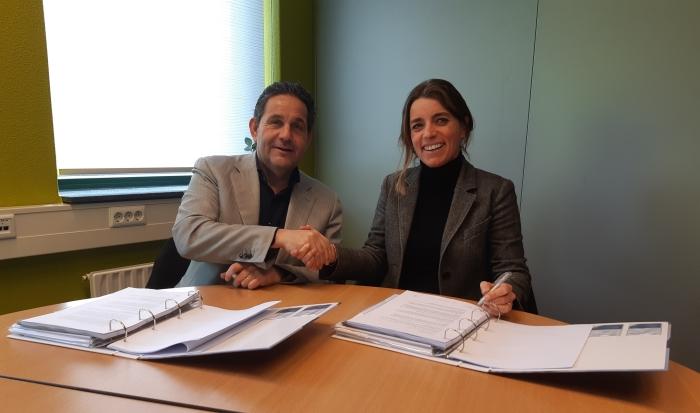 Ondertekening van de bouwovereenkomst voor een nieuwe revalidatielocatie in Houten