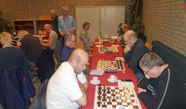 Albert Bootsman (rechts Cirkel) - Martin Rooseboom (ESV).  Ben Verduyn © BDU Media