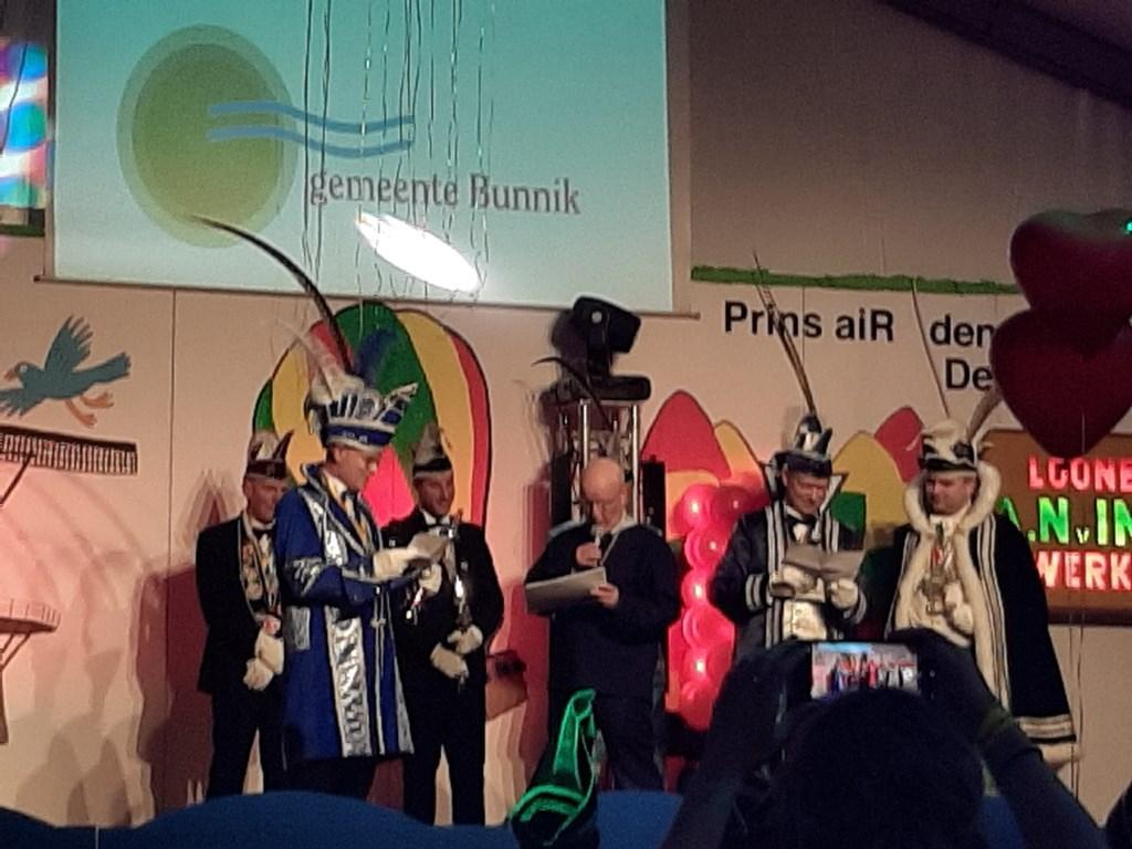 De rappende burgemeester De Vergeten Hoek © BDU media