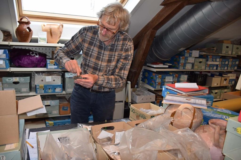In Houten worden de vondsten geanalyseerd Frank Magdelyns © BDU media