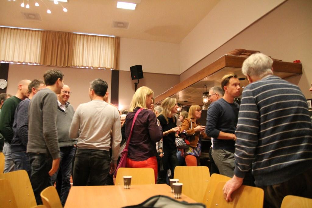 gezelligheid in de pauze Hannie van de Veen © BDU media