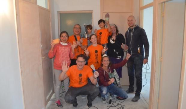 <p>Met alle vrijwilligers op de foto zit er dit jaar niet in, maar het draait natuurlijk om het werk wat verricht wordt.&nbsp;</p>