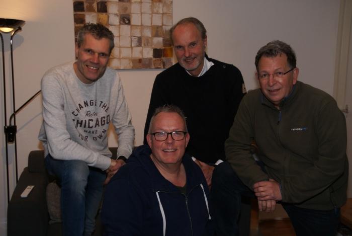 Bestuur Zwembad. Boven van links naar rechts Joost Verzijl, Emile Bakker en René Jonman en onder Stan Wischhoff