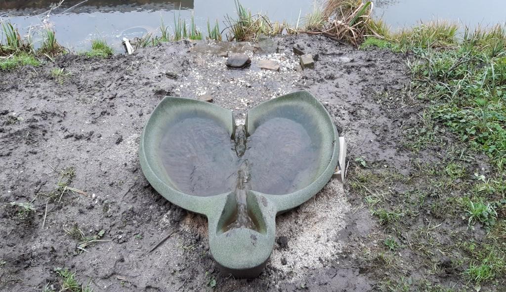 Schaal die slootwater vitaliseert Kuun Jenniskens © BDU media