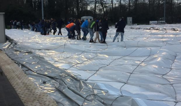 <p>Vorig jaar werd de hockeydome nog opgezet met tientallen vrijwilligers.</p>