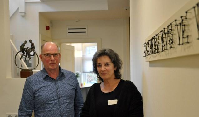 Ton Vissers en Marja van der Vorst: in hospice De Luwte. Er is behoefte aan zowel professionals als vrijwilligers.