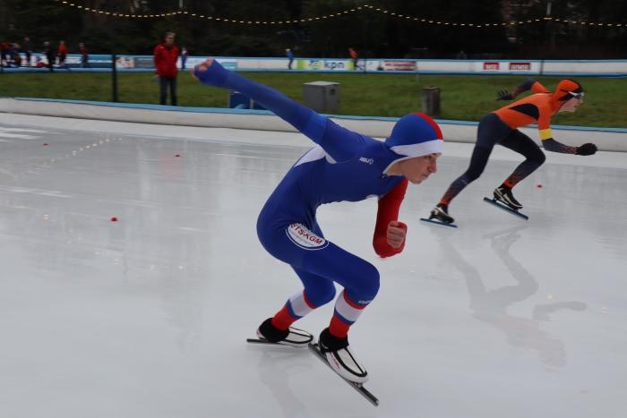 Ward onderweg naar zijn Nederlandse titel 100 m