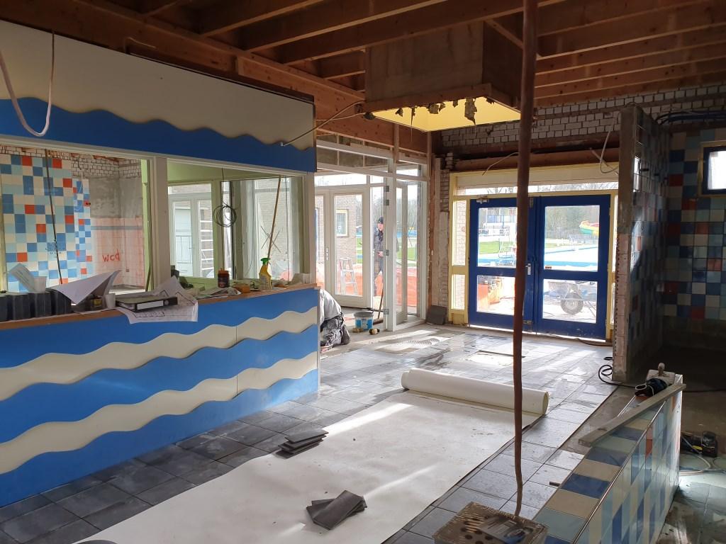 De entree wordt voorzien van een elektronische toegangspoort. Janneke Hek © BDU media