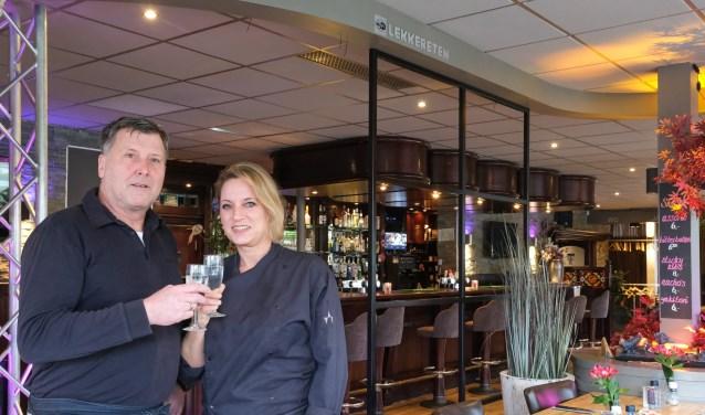 Rob en Jeanette, zijn al heel wat jaren samen het gezicht van Grandcafé Sjapó.