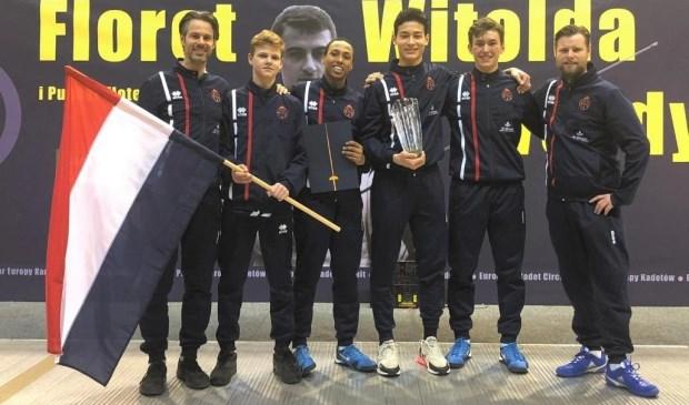 Coaches Matthijs Rohlfs en Pascal Kenter met team Nederland 1