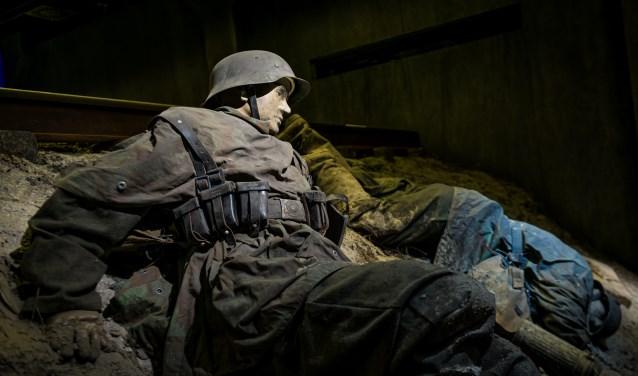 Hans Kürten op de vroege ochtend van 4 oktober 1944 bij de spoordijk bij Arnhem.