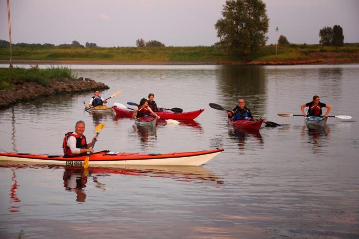 Kajakles op de Rijn