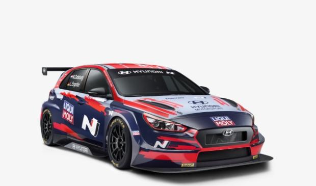 <p>Nick Catsburg rijdt in een Hyundai i30 N TCR voor het team van Engstler.</p>