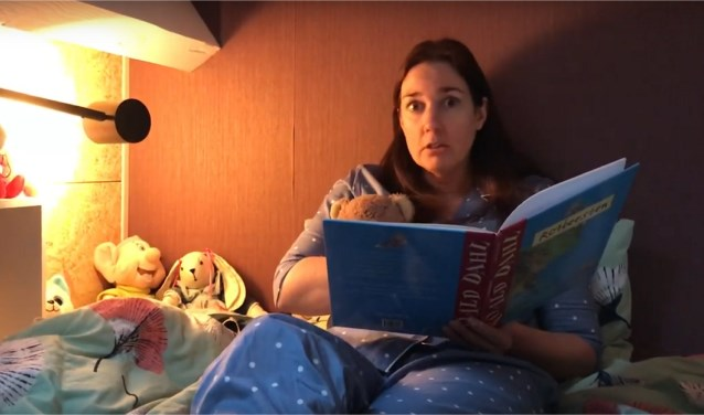 Juf Anneke leest voor