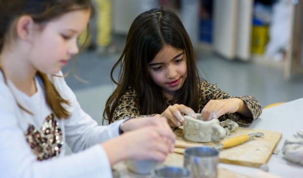 <p>Volop creativiteit en gezelligheid voor kinderen bij de Kinderkunstdagen.</p>