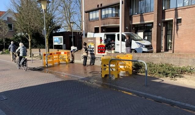 Renovatie van het gemeentewapen voor het gemeentehuis in Ouderkerk aan de Amstel