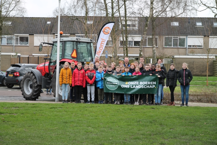 Groep 8 samen met de boeren BDU De Woudenberger © BDU media