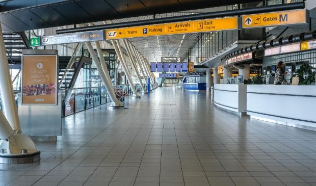 <p>Lege hallen en geannuleerde vluchten, het schrikbeeld van de luchthaven Schiphol de afgelopen maanden.&nbsp;</p>