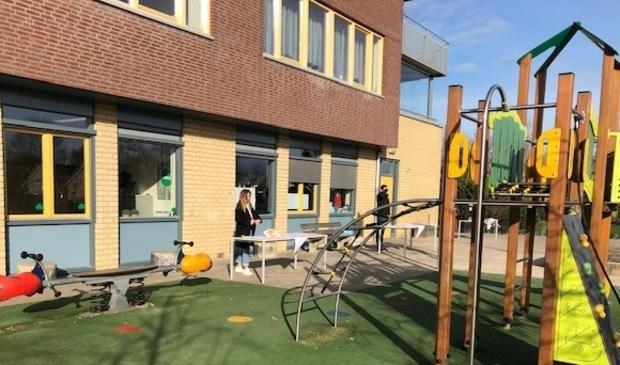 <p>De Bongerd is een van de scholen die morgen toch dicht blijft, wegens de gevolgen van de sneeuwval</p>