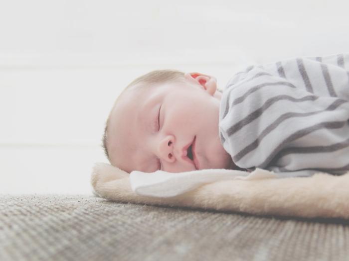 slapende baby portret