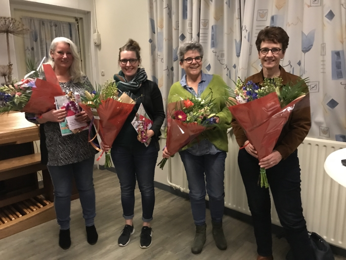 Op de foto vlnr, Gea Grotenberg, Petra Hoogeveen, Johanna Koster en Jannette Fidder