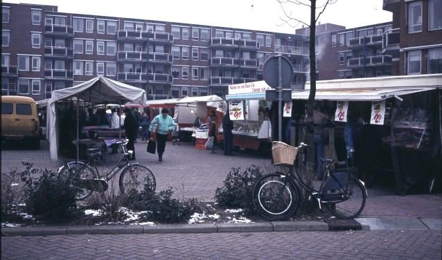 De geschiedenis van de markt in Hardinxveld-Giessendam gaat terug tot begin jaren '60.