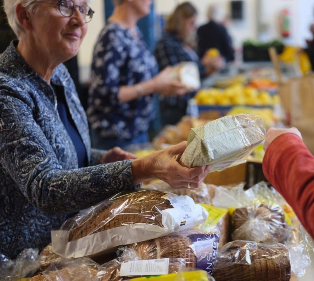 De eerste week van de landelijke quarantaine moest de voedselbank zelf eten inkopen. 'Dan ben je snel door je financiële buffers heen.'