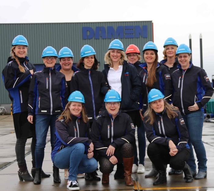 De dames van Damen Dredging Equipment staan stil bij Internationale Vrouwendag