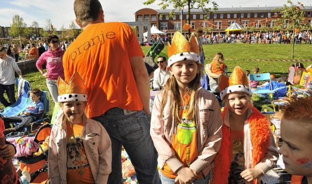 De Oranjefeesten worden zeer breed gedragen in Nieuw-Vennep.
