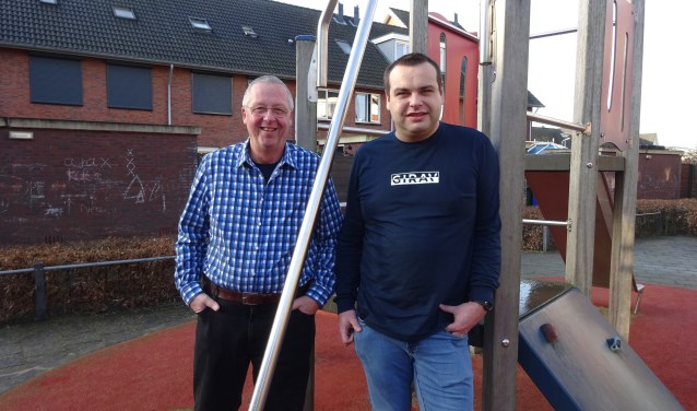 Matthijs de Jong (35) en Piet Kramp (60) wonen allebei al meer dan tien jaar in de wijk Baanhoek-West in Sliedrecht.
