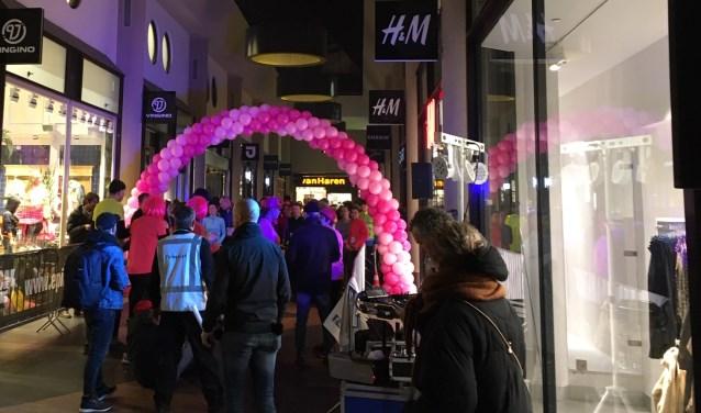In Amersfoort is de H&M gevestigd aan het Sint Jorisplein 27.