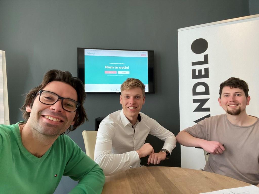 De makers van de toekomstige website: www.puttenhelpt.nl.  Welzijn Putten © BDU media