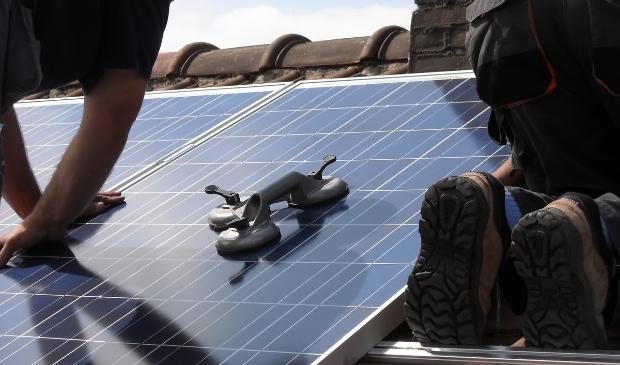 De regio wil maximaal inzetten op zonnepanelen op grote daken