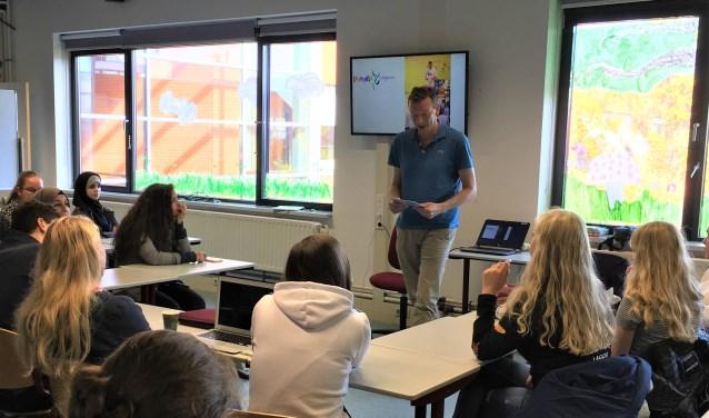 De komende tijd geen fysieke lessen, maar leren op afstand voor studenten Da Vinci College.