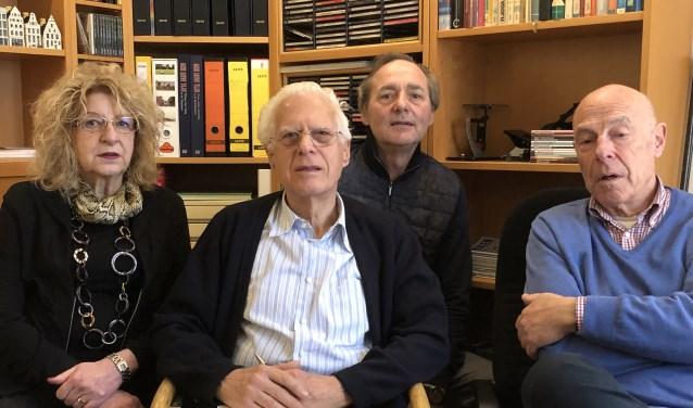 Van links naar rechts: Frans Lepoutre, Christine van Wersch-Sassenberg, Fred van Arkel en Jan Buiter.
