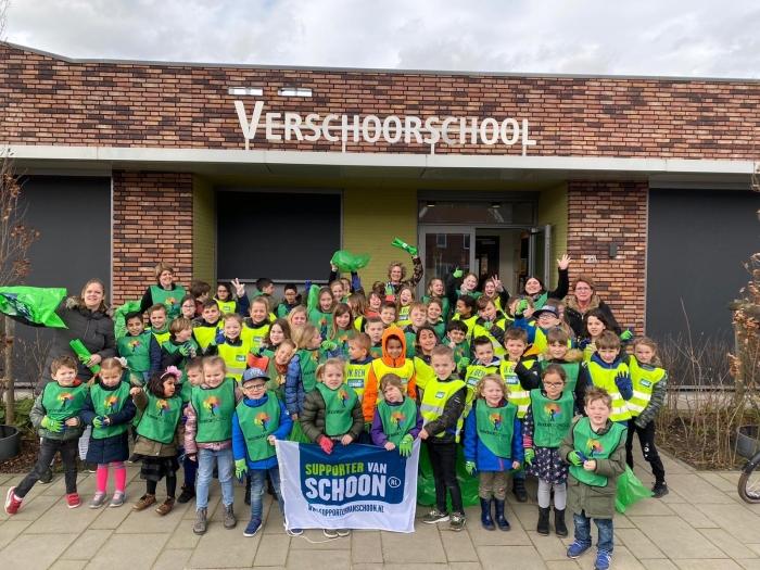 De Verschoorschool werkt samen aan een schone leefomgeving in Sleeuwijk