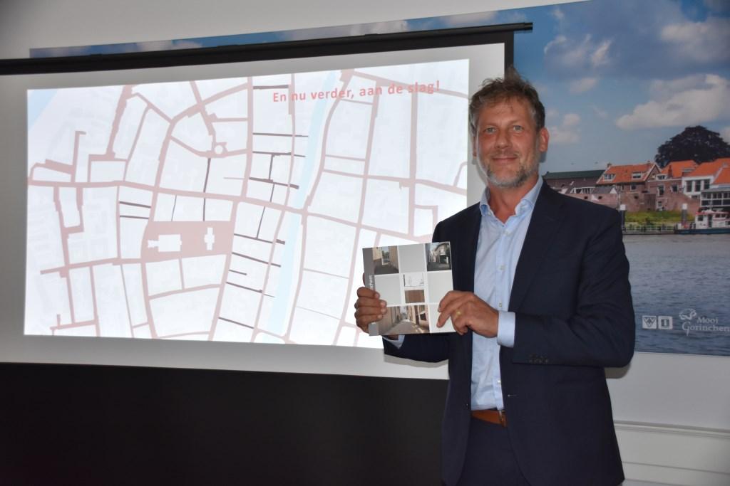 Wethouder Ro van Doesburg neemt Omgevingsvisie over van wethouder Van Zanten
