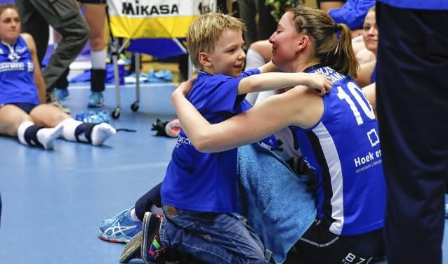Carlijn Ghijssen-Jans met haar zoon Daan Archief Kompas Sliedrecht © BDU media