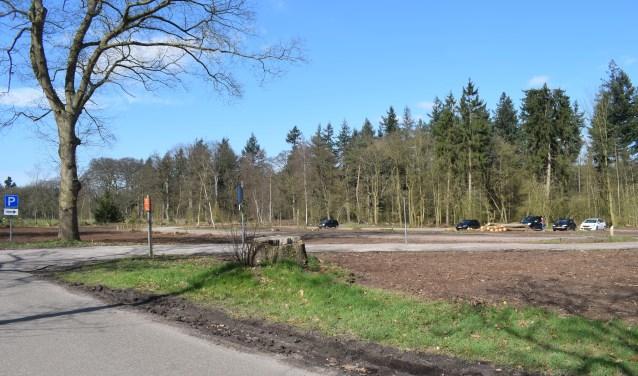De parkeerplaats langs de Hilversumstraatweg gaat ook dicht.