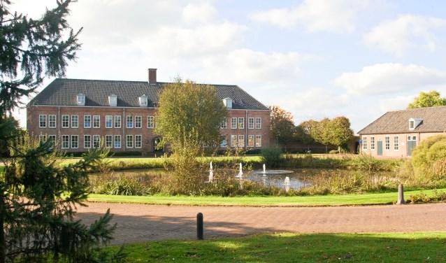 Het hoofdgebouw van voormalig landgoed Nergena