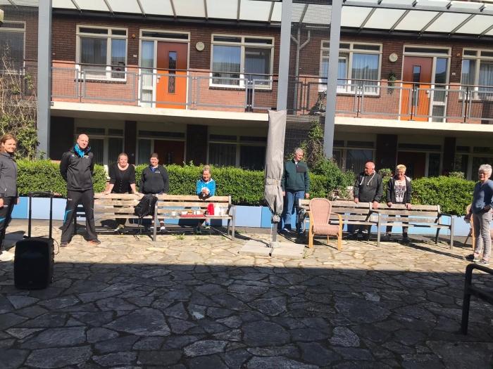 Een aantal deelnemers en de organisatie