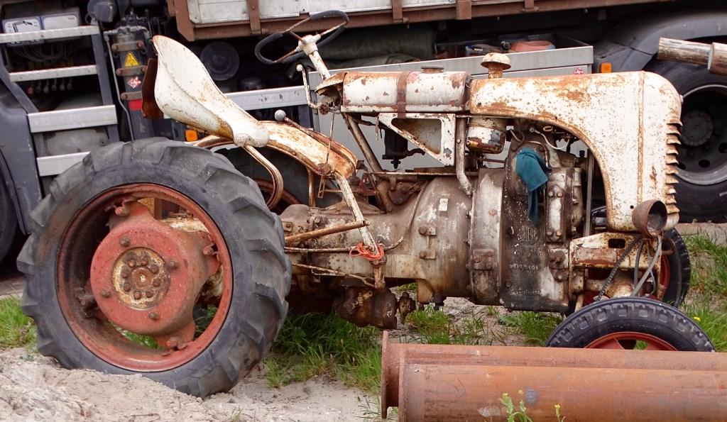 Oude tractor. Rieneke Kroese © BDU media