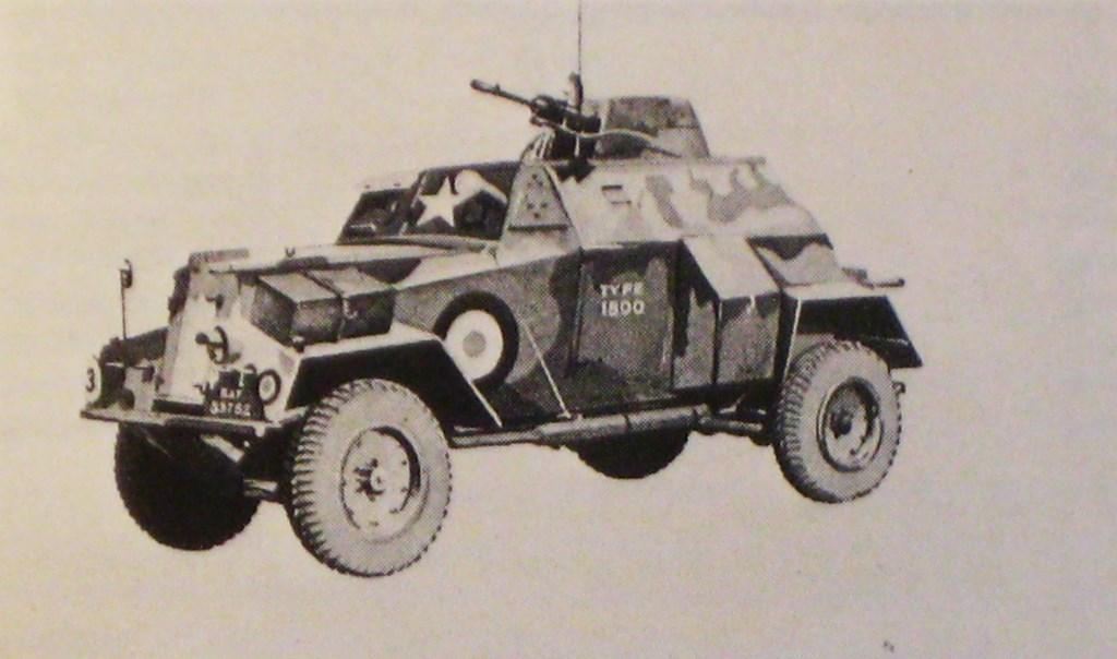 Humber III met brengun in koepel. Collectie Evert van de Weerd © BDU Media