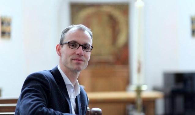 Bart van den Brink: 'Deze tijd vraagt erom op een andere manier kerk te zijn. Voor ons is dat nu deze oervorm, waarin mensen letterlijk naar binnen stappen.'
