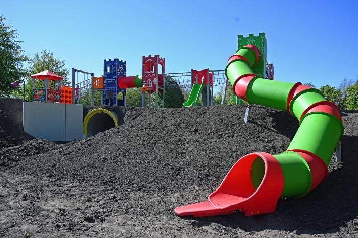 nieuw speelfort speeltuinvereniging Zwanenburg