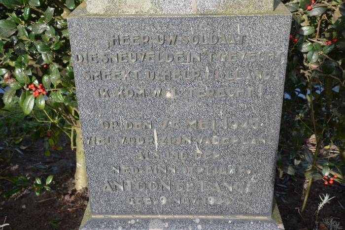 Monument Antoon de Lange
